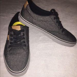 Vans Men's Atwood Deluxe Ultra Cush Sneaker